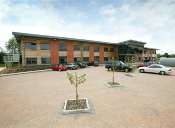 Managed-Workspace-Chatteris-Front-3